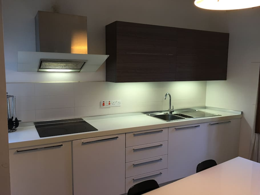 Ultra modern Kitchen fully kitted with Electrolux Applinces