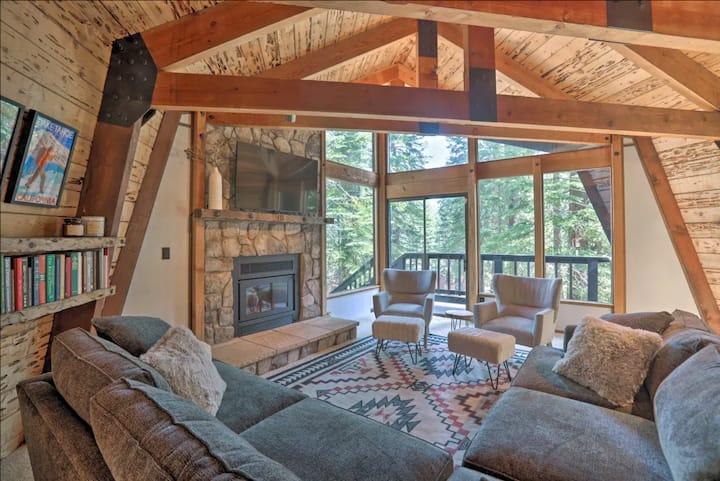 NEW! Chic Alpine Cabin - Outdoor and Indoor Oasis!
