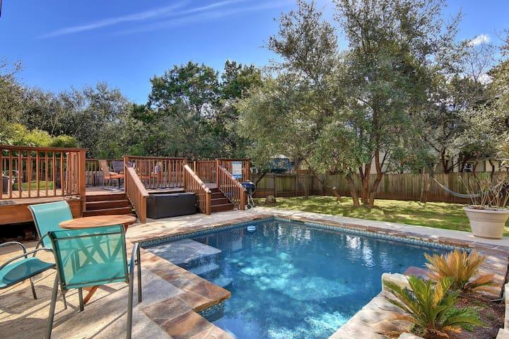 House w/Pool Near Lake Travis - オースティン - 一軒家