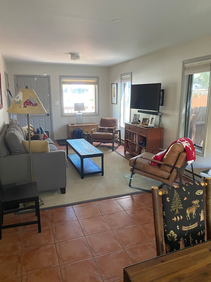 Clean 3 Bed, 2 Bath townhouse in Jackson, WY