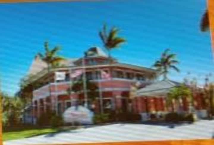 Tainobeach Condo in Freeport, Grand Bahama