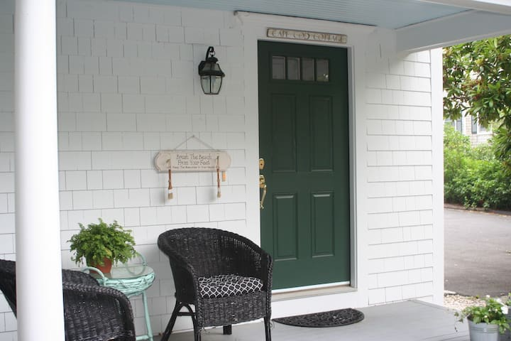 Cape Cod Cottage- Centerville,MA