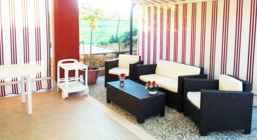 """""""Villa Marisa"""" - relax a due passi dal mare - Augusta - Appartamento"""