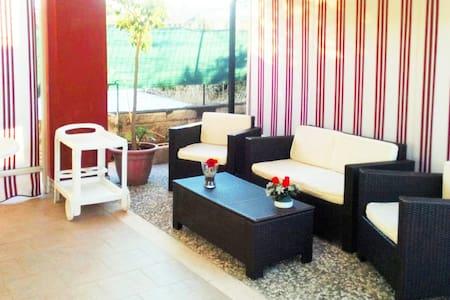 """""""Villa Marisa"""" - relax a due passi dal mare - Flat"""