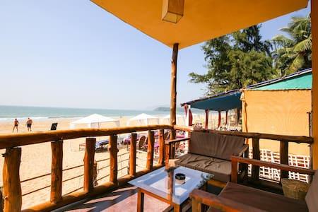 AC  Beach  Front  Bungalow - Agonda