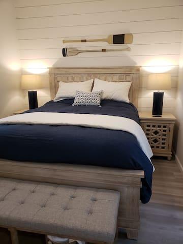 Master includes new Serta mattress, bamboo sheets and a Belgian duvet.