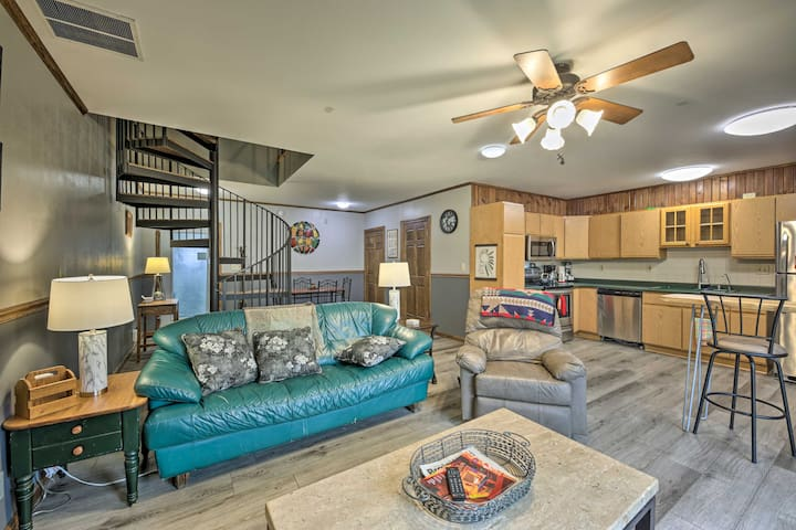 NEW! Beaver Dam House w/ Deck Situated on the Lake