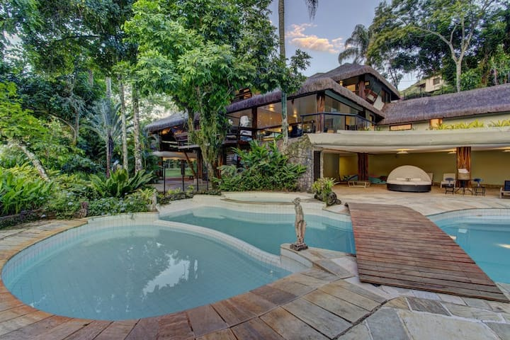 Luxuosa Casa de Sapê em Mangaratiba - Ang016 - Mangaratiba - Apartment