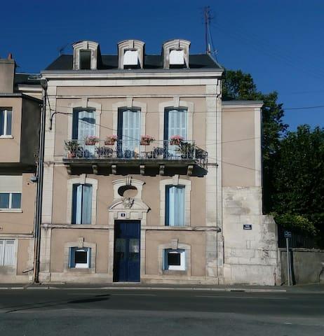 Appartement 2 pièces au coeur de la ville antique. - Périgueux - Huoneisto