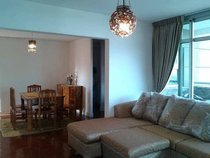 Lakeview Condo for Sale-Rent 28Fl,118 sqm.,3B 3T
