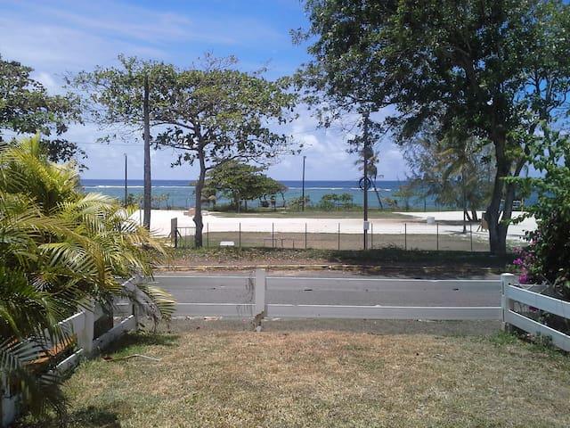 Appart T2  vue sur mer, à proximité de la plage