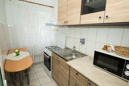 Apartment STAR- 1 bedroom , 5 min walk to beach