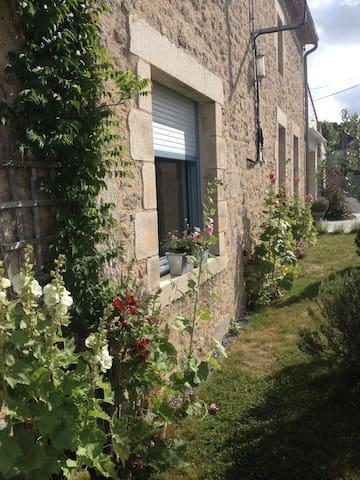 Studio Pierre-Anne proche Puy du Fou