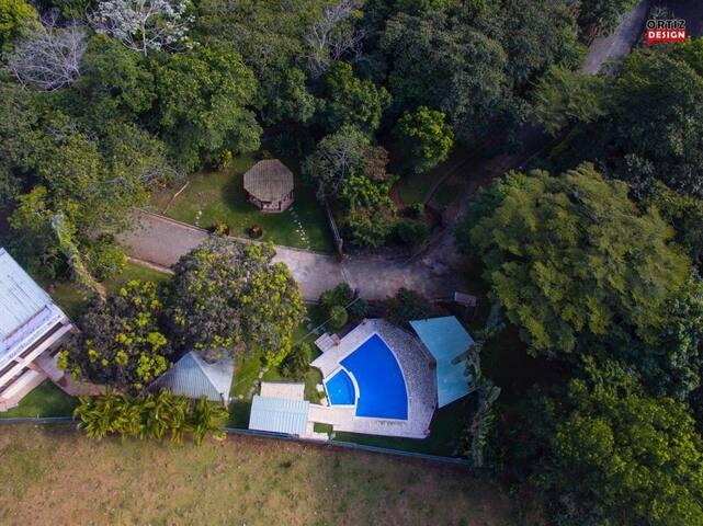 Hermosa Villa en jarabacoa con varios atractivos