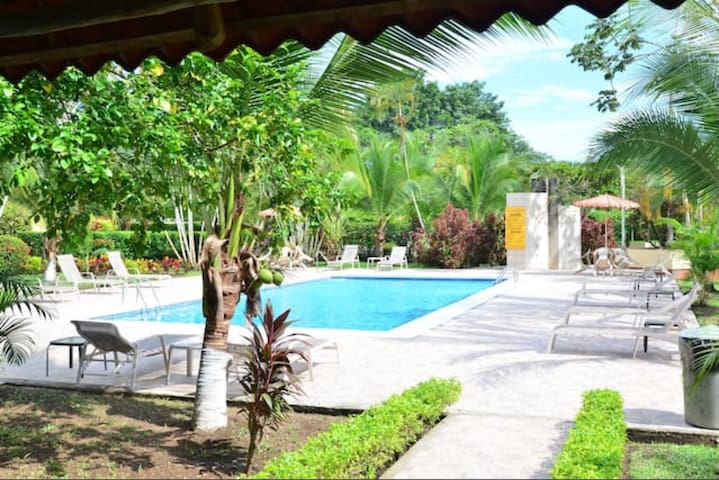 Tranquil Jaco condo steps from the beach and town.