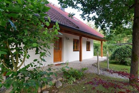 Casa Steinbügl im Naturpark Altmühltal auf 1700qm - Huis