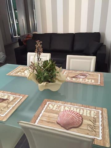 appart. ristrut. arredato nuovo centro La Spezia - La Spezia