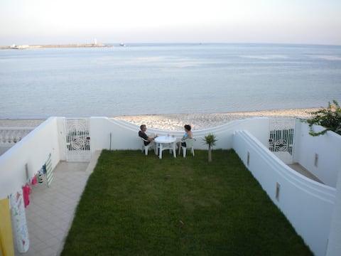 Villa Nissma @ Laflorida beach