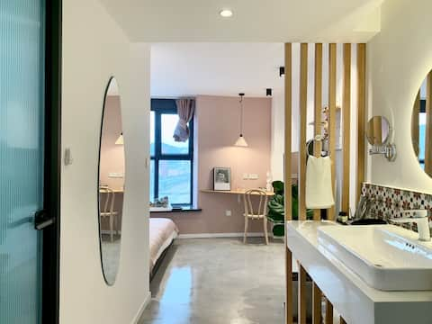 【 Lanjuku 】 Vintage/Powder House/Girls/1.8 Queen Bed Room/Cozy Bright/Light Luxury Quality/Billions Square/Near SPACE/Disinfection per guest/No contact
