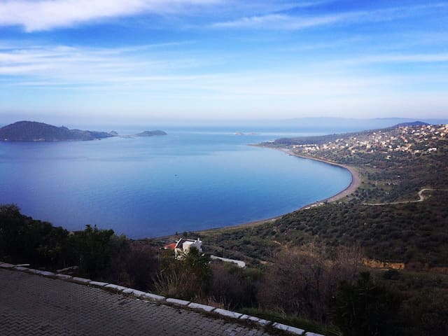Blue, Green, White... Aegean villa with seaview!