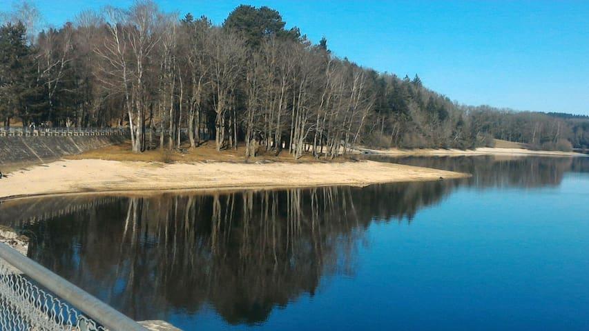 Chambre vue imprenable sur le lac