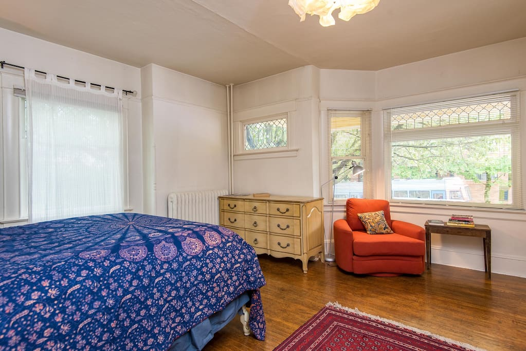 Downtown vintage one bedroom apartments for rent in for One bedroom apartments portland or