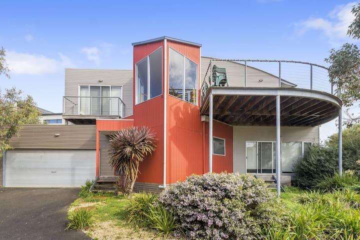 4 bedrooms villa with Ocean&Mountain view