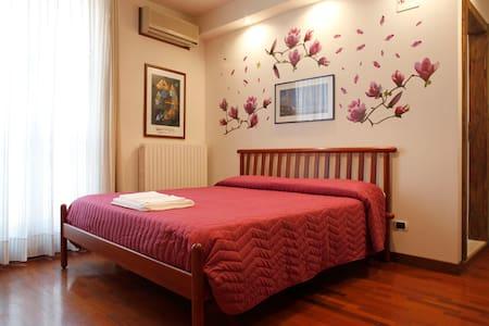 camera delle magnolie