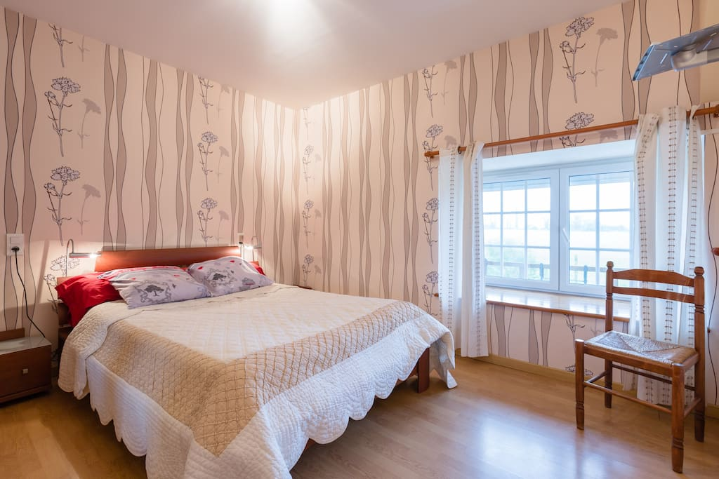 chambre d 39 h te avec petit d jeuner bed and breakfasts for rent in sacey basse normandie france. Black Bedroom Furniture Sets. Home Design Ideas