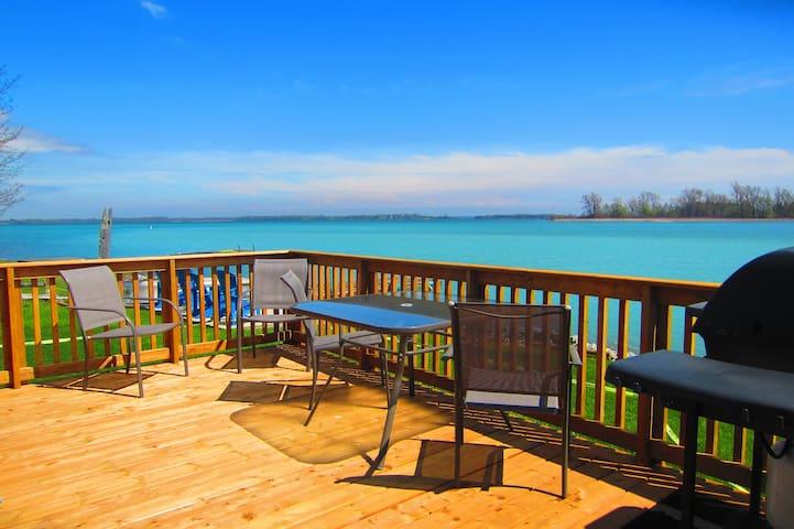 Sandbanks prime Waterfront Cottage @twinbirchpec