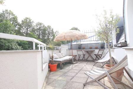 Cozy flat w/ terrace next to Paris Bercy, subway - Saint-Maurice - Квартира