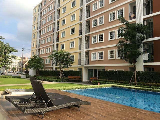 TulipSquare Condominium Omnoi,Bangkok,Nakhonpathom