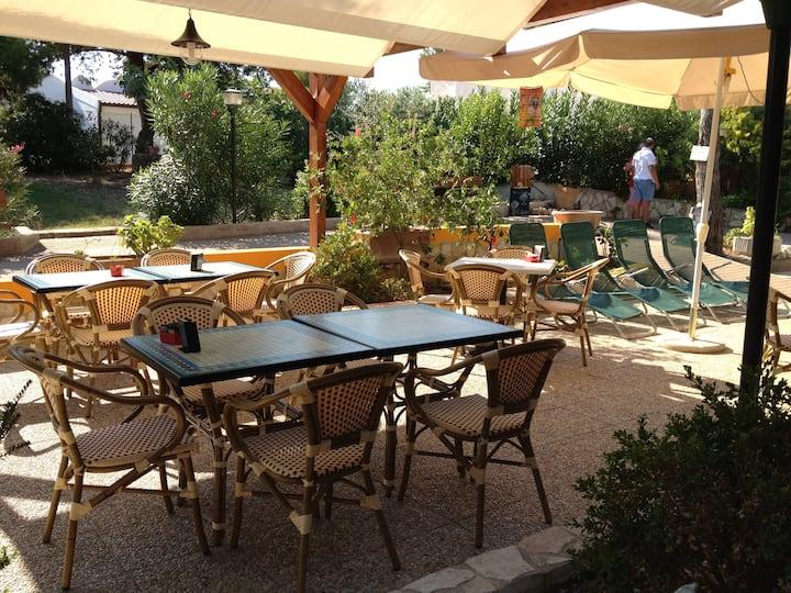 Villa Mimosa A trilocale per 5 persone  + terrazza