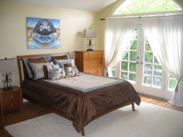 Vacation Home Near Malibu - Fully Furnished - Agoura Hills - Huis