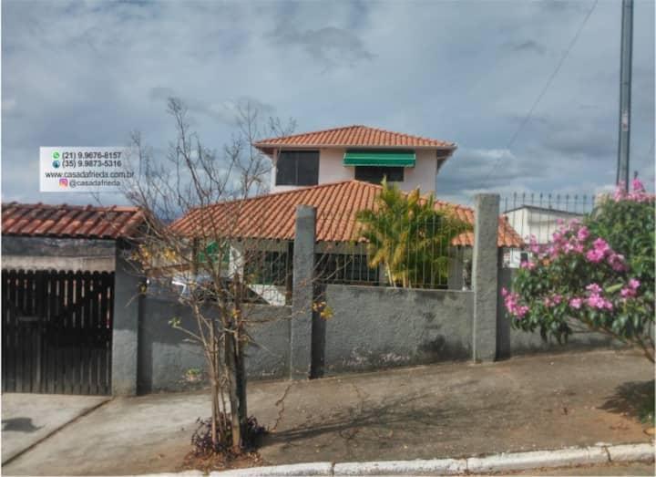 Casa para Temporada em S.Lourenço (Casa da Frieda)