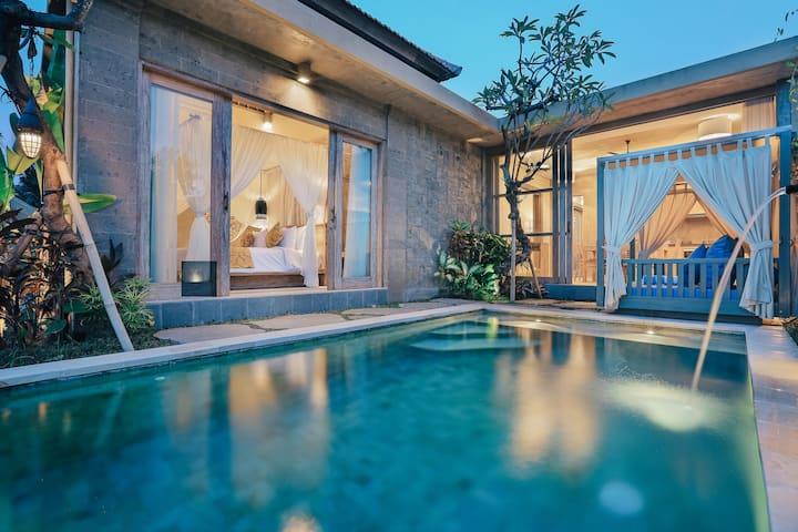 Ipian Luxurious Private Pool Villa Side Of Ubud