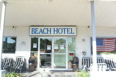 Hotel Rms W/Full bath.  Near Beach - Wildwood