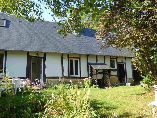 Bois Préaux - Lisors - House