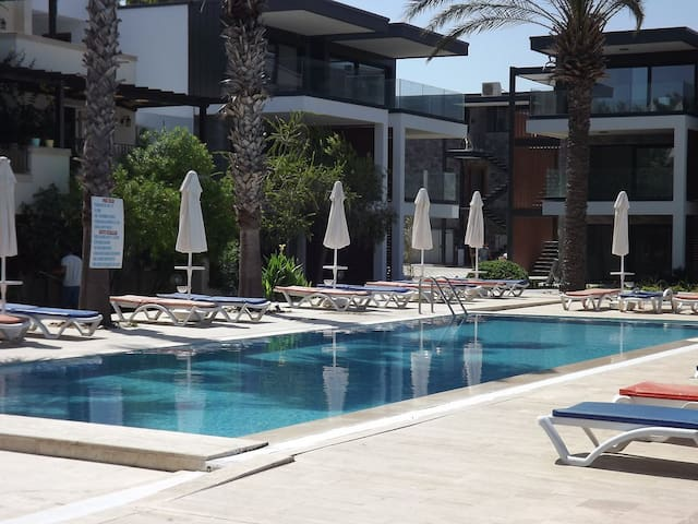 Bodrum Sea & You Beach Apartment 2Bdr - 1