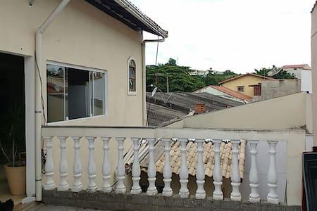 Quarto confortável em Volta Redonda - Jardim Tiradentes, volta redonda - Hus