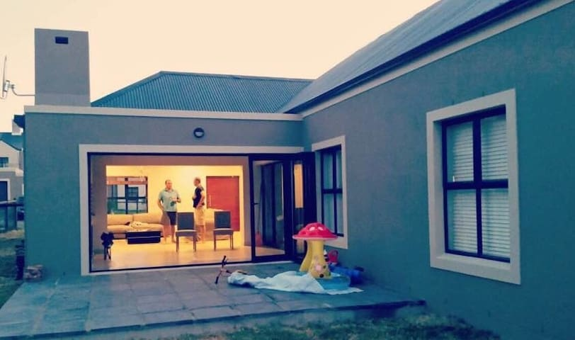 December Holiday home between Paarl & Stellenbosch