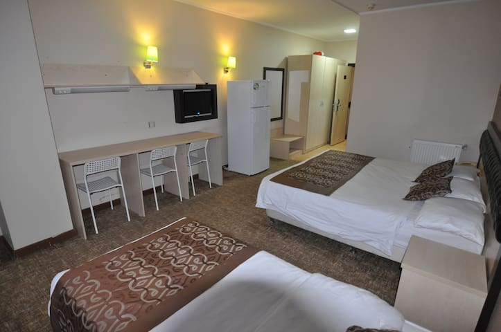 Central economy hotel in city center 50m to metro