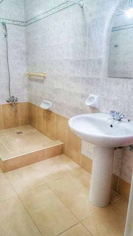 5 min to St Julians - sleeps 8 :) - Swieqi - Huis
