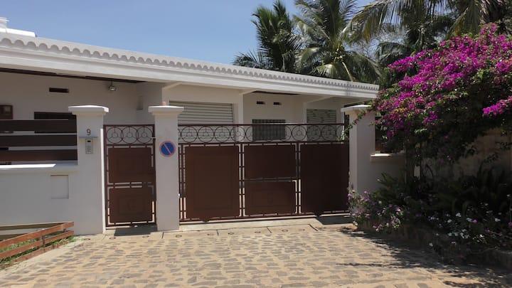 Villanesie, Appartement en bord de mer (Ylang)