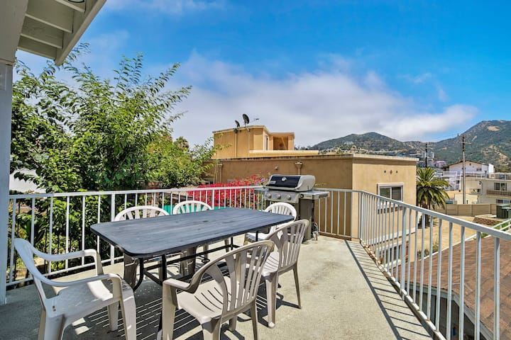 Updated Home on Catalina Island 0.1 Miles to Coast