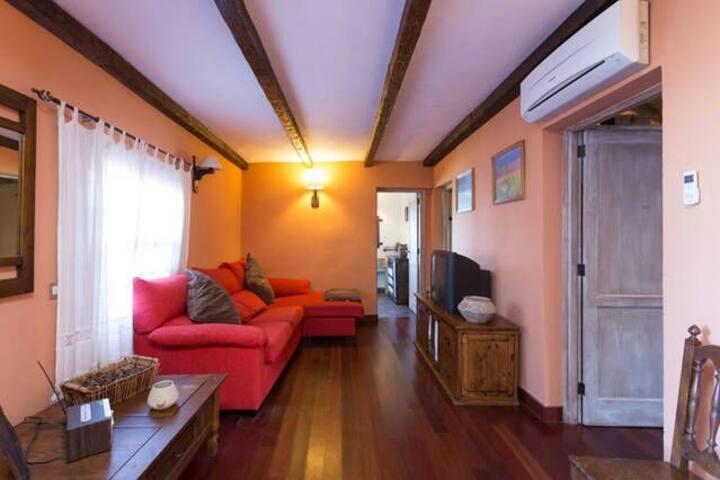 Casa Antigua con barbacoa