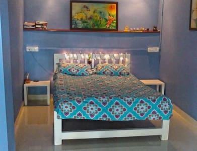 Casa Serendip - Blue Cottage - Room#2 - Hus