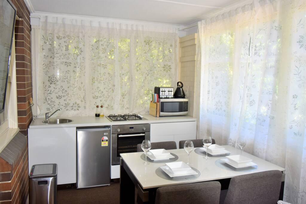 Kitchenette appliances