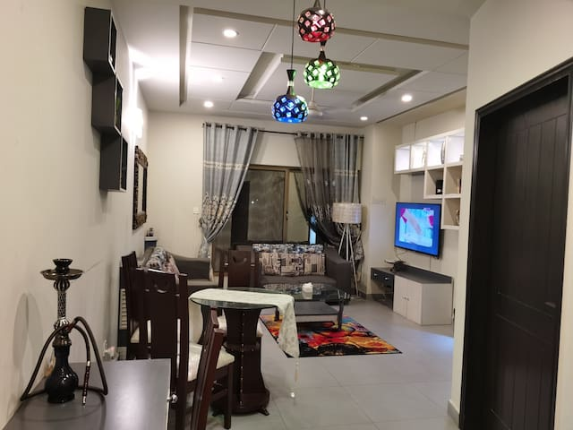 Designer 2Bed room luxury Flat near to isb airport