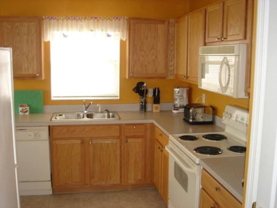 Microwave,Oven,Indoors,Kitchen,Room